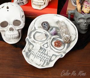 Crest View Hills Vintage Skull Plate